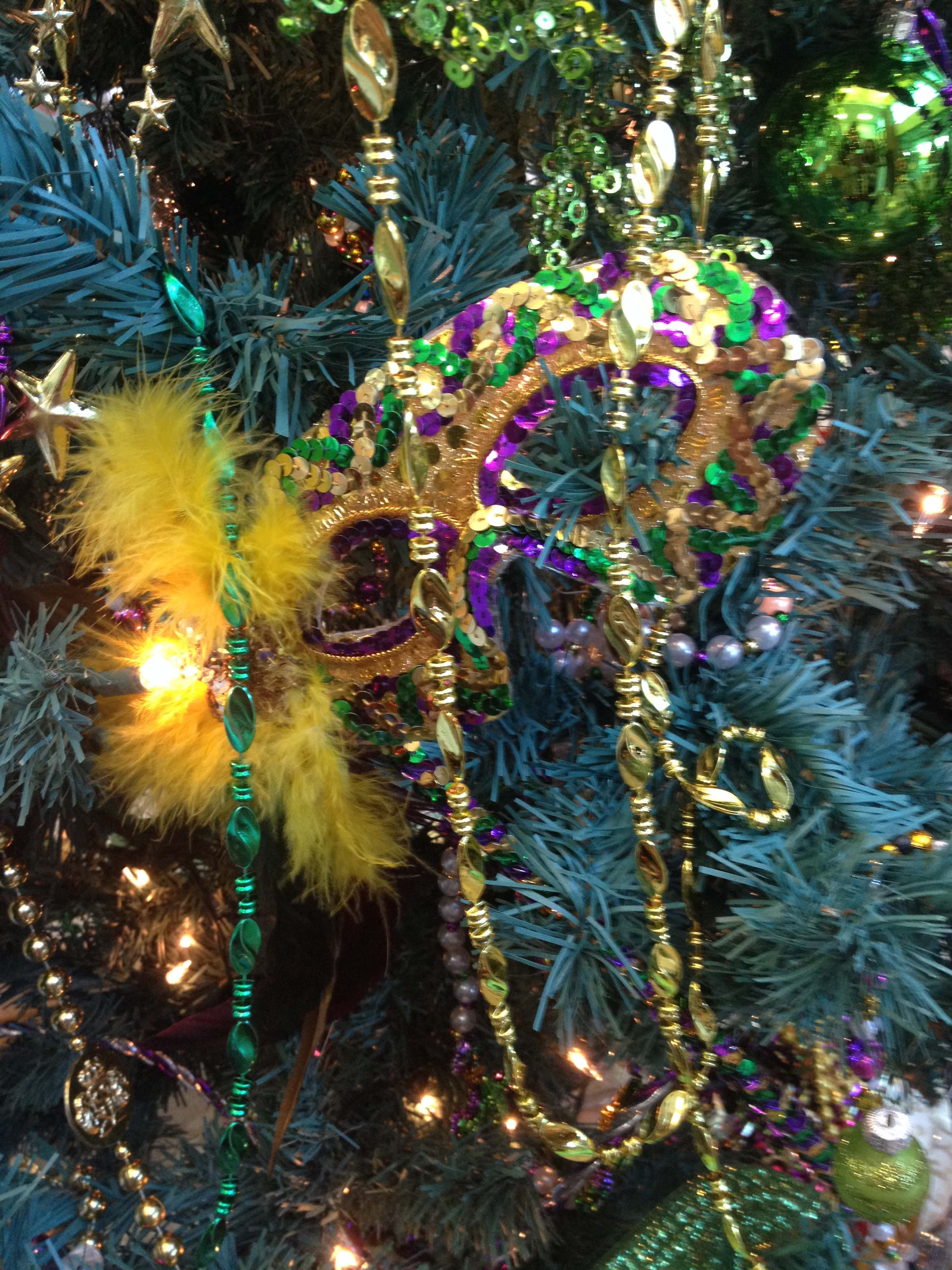 Marti Gras Tree - Detail