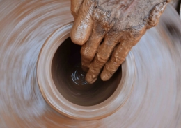 Pottery Wheel Throwing Hand Image by riteshphotography from Pixabay