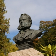Henrik Ibsen Statue Image by PublicDomainPictures from Pixabay
